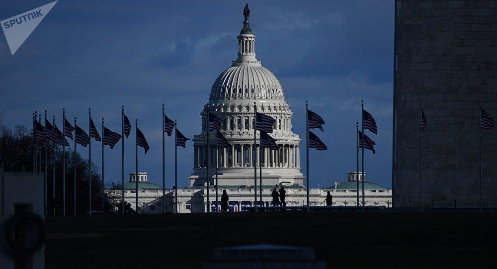 Денег нет. Федеральное правительство США приостановило деятельность из-за отсутствия финансирования