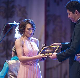 Трижды чемпион Азии по борьбе Айсулуу Тыныбекова. Архивное фото