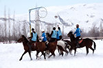 Как кыргызстанцы обыграли французов — видео с необычного чемпионата
