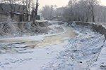 Замерзшая река Ала-Арча. Архивное фото
