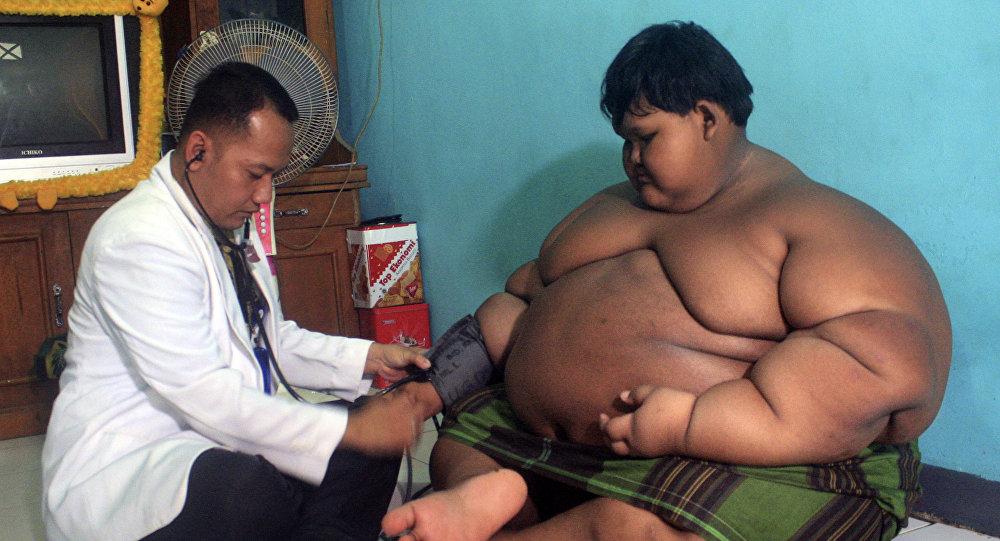 Мальчик член толстый мужчина