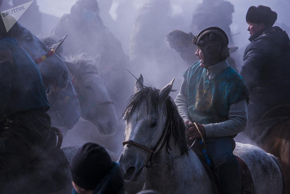Игра аламан улак на территории поселка Дача СУ