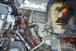 Вид с дрона на крупный пожар на территории Ошского рынка в столице