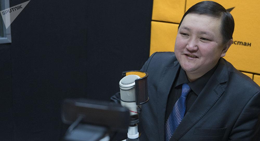 Маданият, маалымат жана туризм министринин орун басары, драматург Кайрат Иманалиев