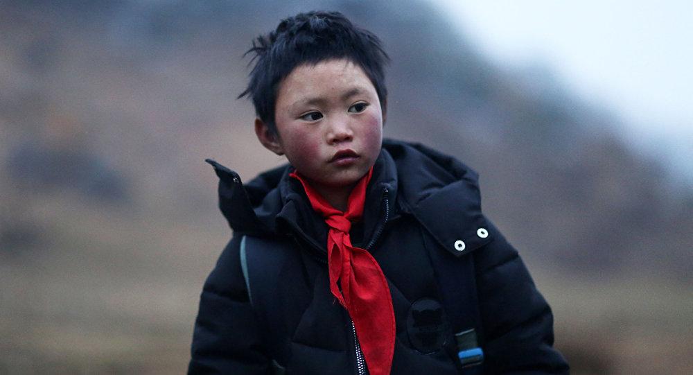 Дүйнөгө Муз бала (Ice Boy) деп таанылган кытайлык Ванг Фуман