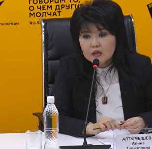 Методы борьбы с курением обсудили в МПЦ Sputnik Кыргызстан