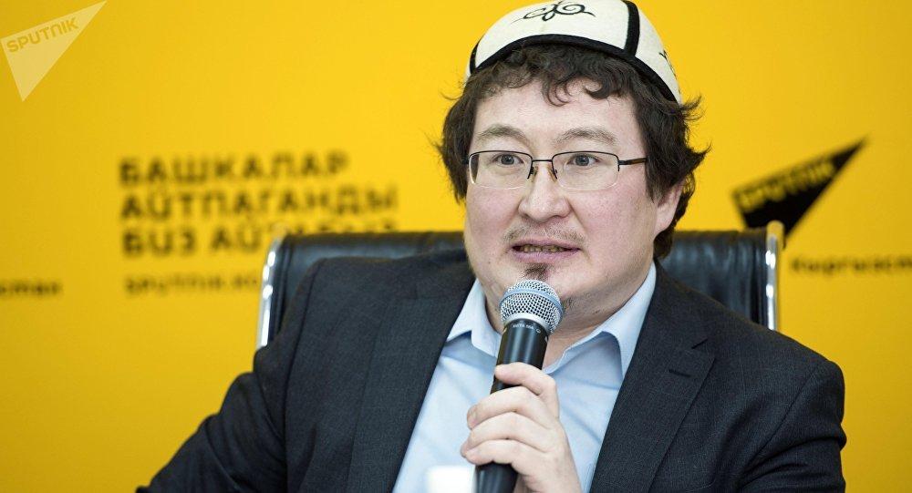 Белгилүү теолог Кадыр Маликовдун архивдик сүрөтү