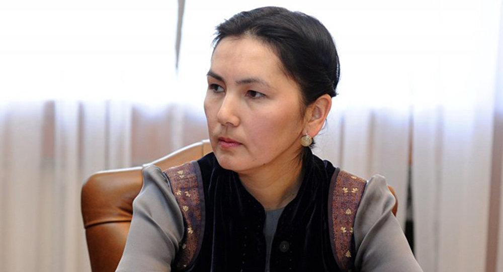 Президент Алмазбек Атамбаев принял Генерального прокурора Аиду Салянову