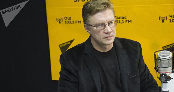 Директор ТЭЦ Бишкека Андрей Воропаев во время интервью Sputnik Кыргызстан