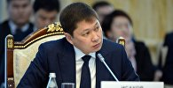 Архивное фото премьер-министра Сапара Исакова