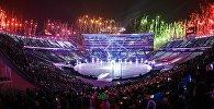Фейерверк на театрализованном представлении на церемонии открытия XXIII зимних Олимпийских игр в Пхенчхане. Архивное фото
