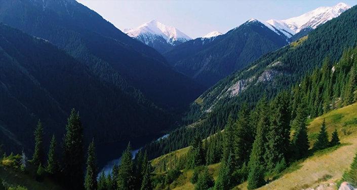 Невероятно красиво! Француз снял видео о Кыргызстане и Казахстане
