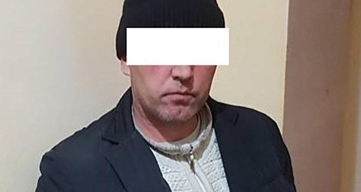 Дважды судимого жителя Иссык-Кульской области задержали в столице с 10 килограммами наркотиков