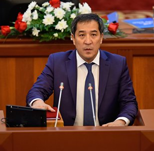 Жогорку Кеңештин депутаты Алиярбек Абжалиевдин архивдик сүрөтү