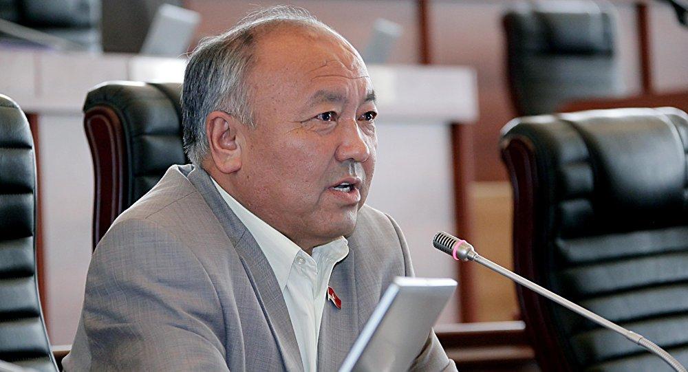 Мурдагы депутат Жусупали Исаевдин архивдик сүрөтү