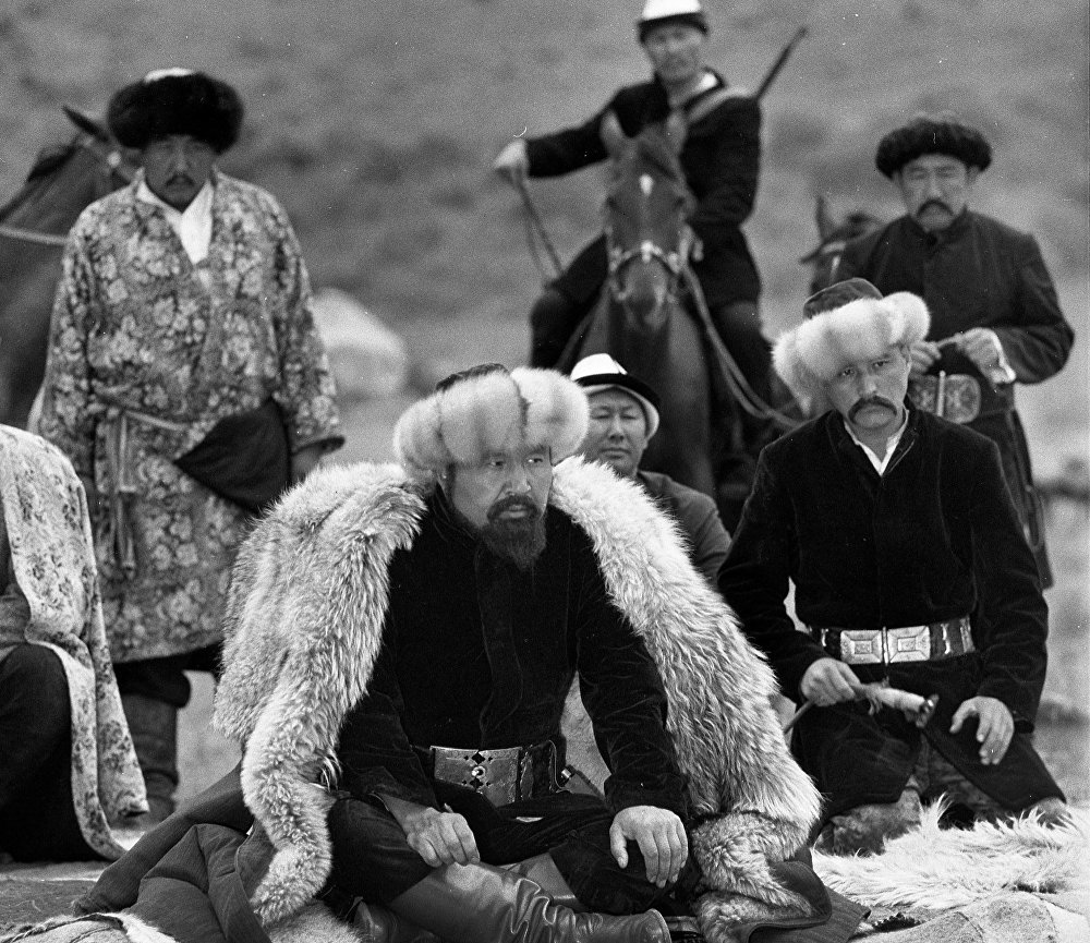 Каныбек фильминде Советбек Жумадылов менен Чоро Думанаев