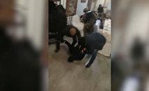 Видео спецоперации в Казахстане с задержанием депутата Жогорку Кенеша
