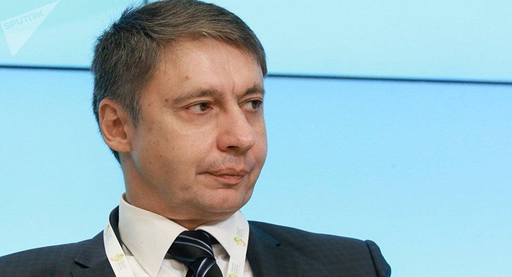 Проректор российской Академии труда и социальных отношений, политолог Александр Сафонов. Архивное фото