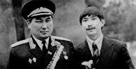 Генерал-лейтенант Жумабек Асанкуловдун архивдик сүрөтү