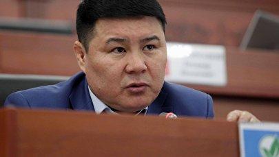 Жогорку Кеңештин депутаты Тазабек Икрамовтун архивдик сүрөтү