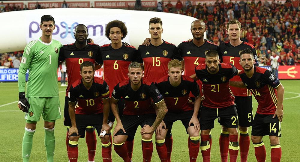 Игроки сборной Бельгии по футболу перед футбольным матчем футбольного матча WC 2018 между Бельгией и Гибралтаром, на стадионе Дуфрас, 31 августа 2017 года в Шлессине