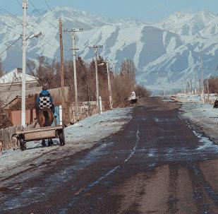 Дорога в село Кызыл-Байрак Кеминского района