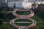 Чкаловская лестница и памятник Валерию Чкалову в Нижнем Новгороде.