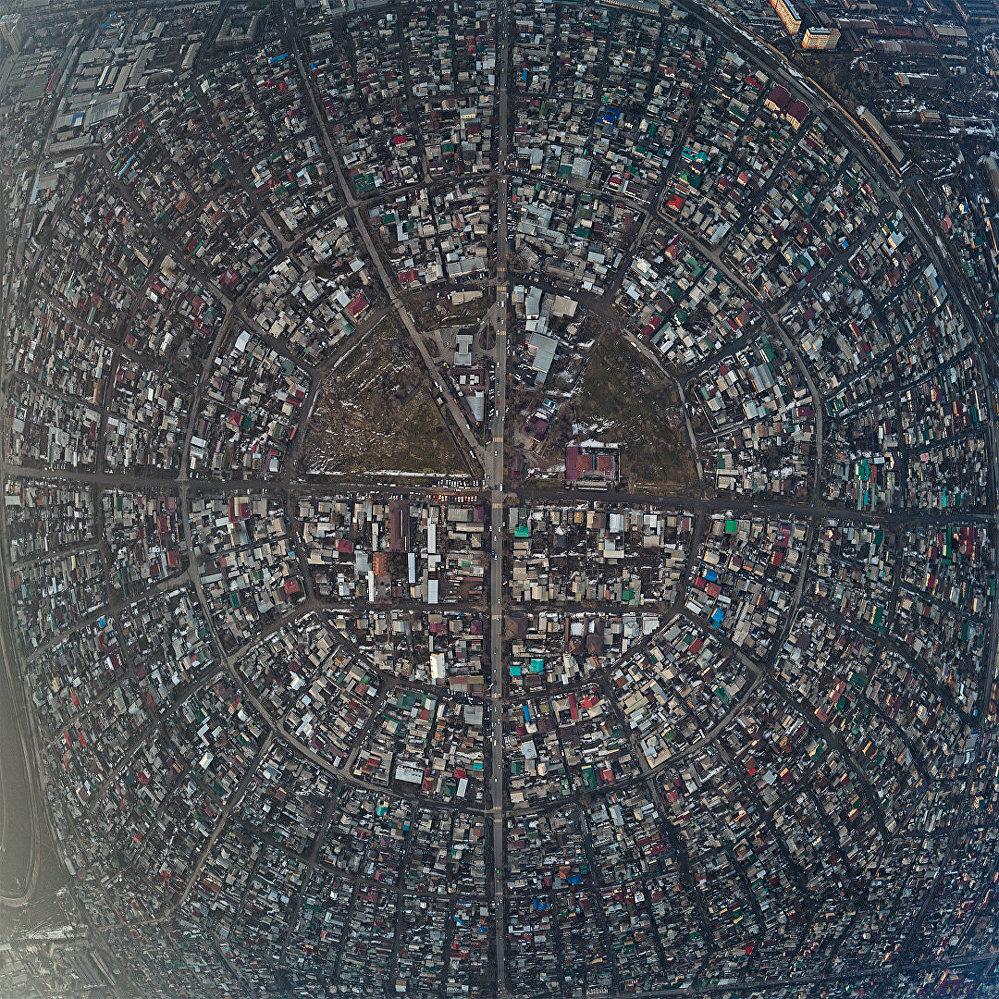 Бишкек с высоты птичьего полета — Рабочий городок