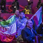 Ирандыктар спортчуларына өзгөчө күйөрмандык кылып жатышты. Кыйкырып, сүрөөнгө алып, анан да бир куплеттен ырдап жатышты