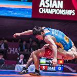 Кыргызстандык Урмат Аматов Азия чемпиону наамы үчүн өзбекстандык Элмурат Тасмурадовго каршы турду