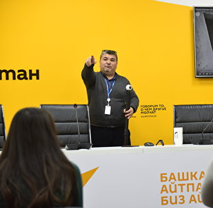 Мастер-класс для студентов факультета журналистика КГНУ в ИА Sputnik Кыргызстан