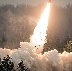 Показательный пуск ракеты. Архивное фото