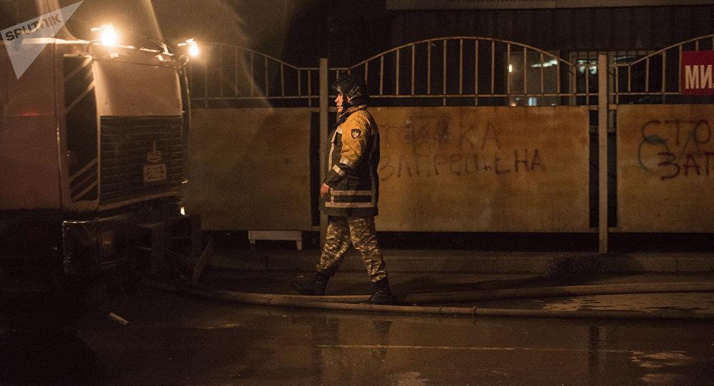Крупный пожар на Ошском рынке Бишкека