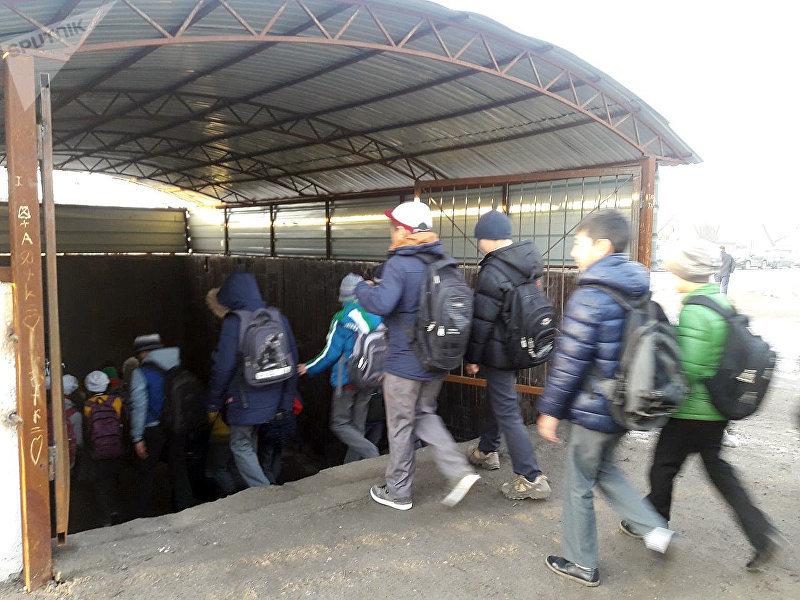В Новопавловке открылся подземка после ремонта для безопасного перехода школьников через дорогу