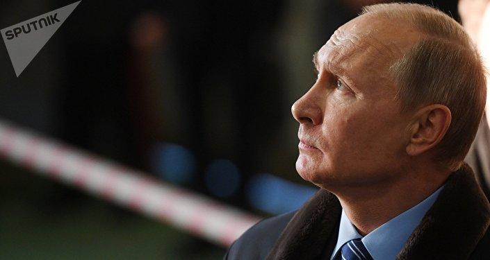 Россия президенти Владимир Путиндин архивдик сүрөт