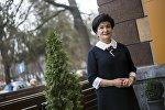 Маданияттын эмгек сиңирген ишмери, Даңк медалынын ээси, кыргыз телевидение, радиосуна 40 жылдык өмүрүн арнаган Гүлшан Молдоева