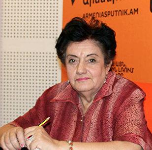 Эколог Карине Даниелян. Архивное фото