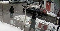Кортеж Петра Порошенко сбил пенсионера и уехал — наезд попал на видео