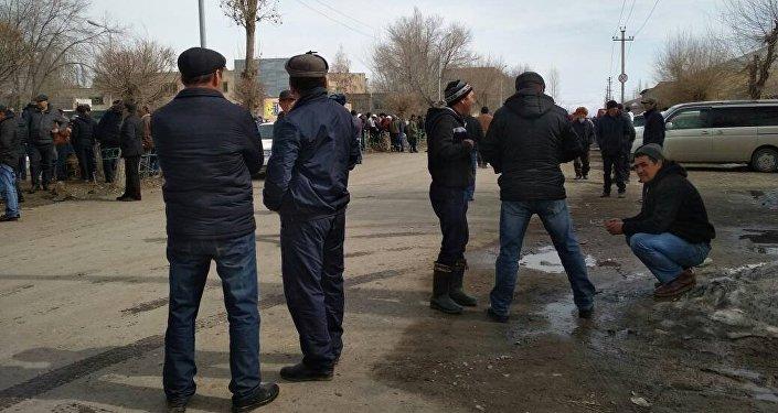 Митинг в селе Арал Тогуз-Торойского района