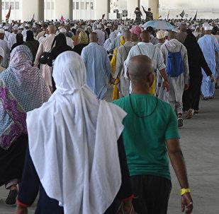 Меккада ажылыкта жүргөн мусулмандар. Архивдик сүрөт
