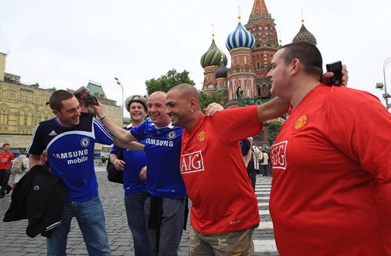 Английские болельщики накануне финального матча Лиги чемпионов в Москве