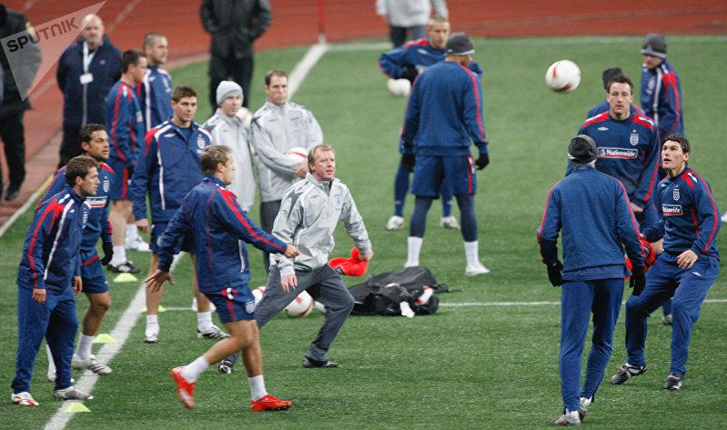 Тренировка английской сборной на стадионе «Лужники»
