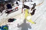 Прыгай или покалечишься! Ужас на горнолыжной базе в Грузии — новое видео