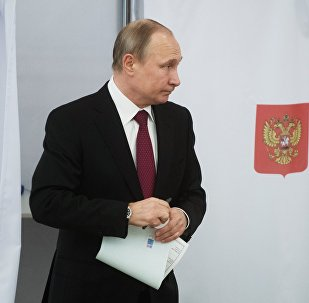 Россиянын башчысы Владимир Путин президенттик шайлоодо добушун берди