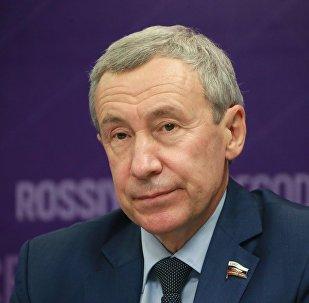 Глава комиссии Совфеда по защите суверенитета Российской Федерации Андрей Климов. Архивное фото
