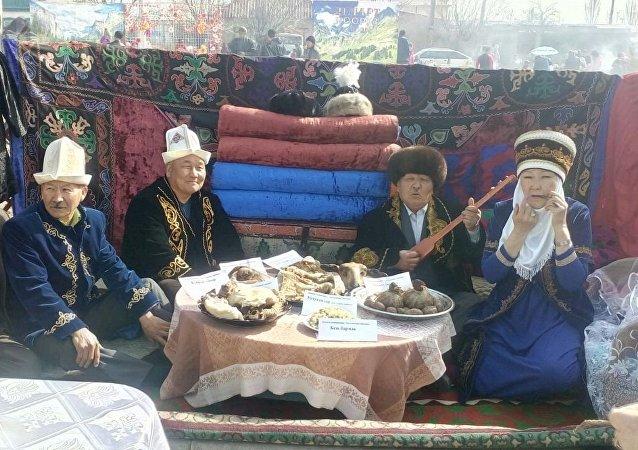 Праздничные мероприятия в честь Нооруза в Балыкчи