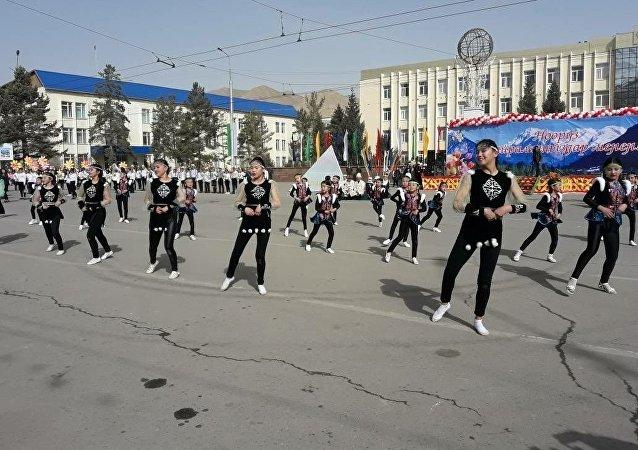 Праздничные мероприятия во время Нооруза в Нарыне
