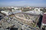 Праздничный концерт в честь Нооруза на площади Ала-Тоо с высоты птичьего полета. Архивное фото