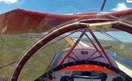 Пилот чудом запустил двигатель самолета за секунду до крушения — видео