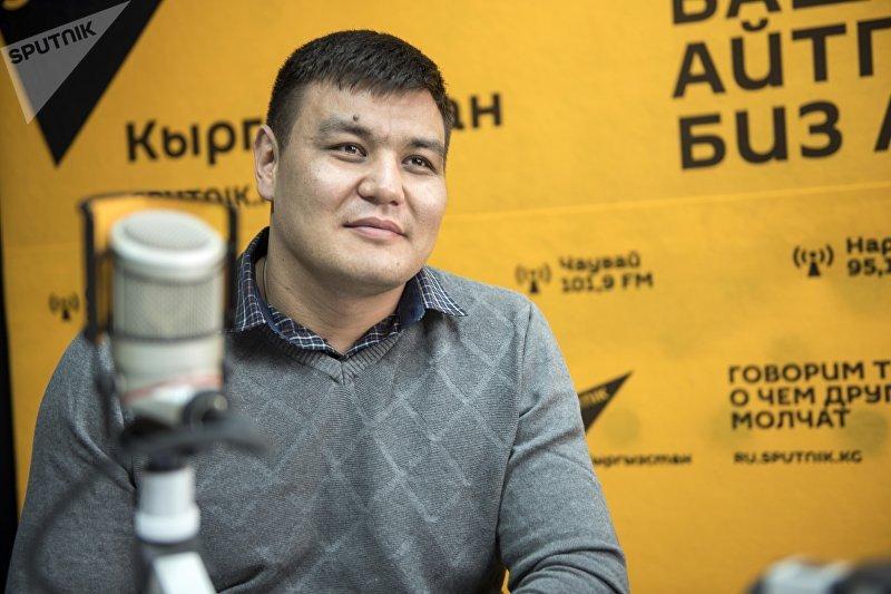 Кыргызстанский боец ММА в тяжелом весе Тилек Жээнбеков во время интервью Sputnik Кыргызстан